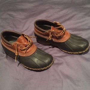 LL Bean Duck boots. Size 7W.